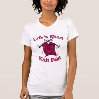 A vida curta, faz malha o design de confecção de tshirts