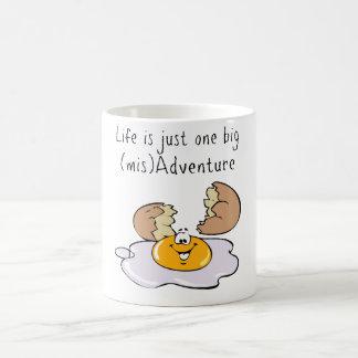 A vida é apenas uma caneca grande das aventuras