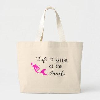 A vida é melhor no bolsa da praia