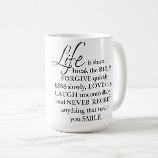 A vida é Short, quebra a caneca das citações da