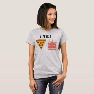 A vida é um bolo da pizza! Camisa de T