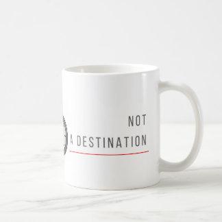 A vida é uma viagem, não um destino - caneca de