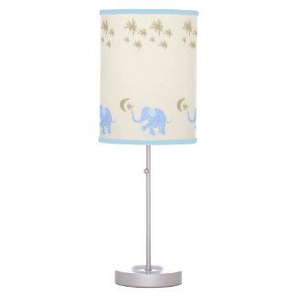 Abajur De Mesa Elefantes dos azuis bebés sob o berçário estrelado