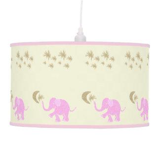 Abajur De Teto Elefantes cor-de-rosa doces do bebê sob o berçário