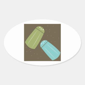Abanadores de sal e de pimenta adesivos em formato ovais