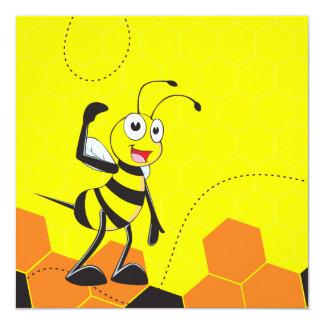 Abelha amarela bonito que salta Hurray Hoorah Convite Quadrado 13.35 X 13.35cm
