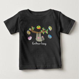 Abraço preguiçoso - camisa ocasional do bebê