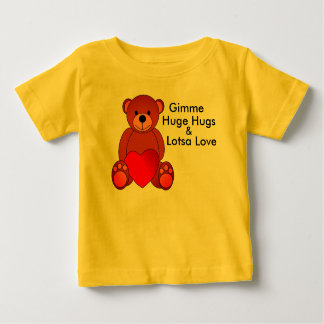 Abraços & camisa enormes do amor de Lotsa