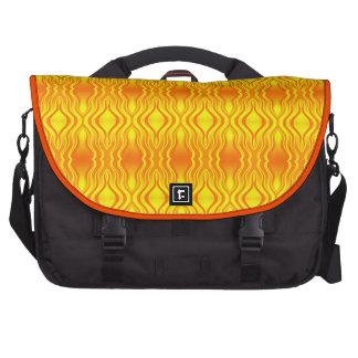 Abstrato do amarelo alaranjado das vaga de calor bolsa para laptop