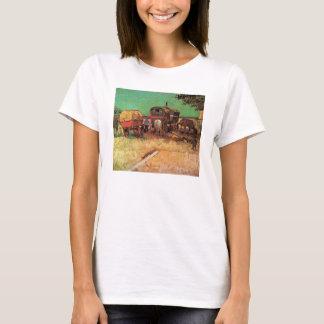 Acampamento de caravana dos ciganos por Vincent Tshirts