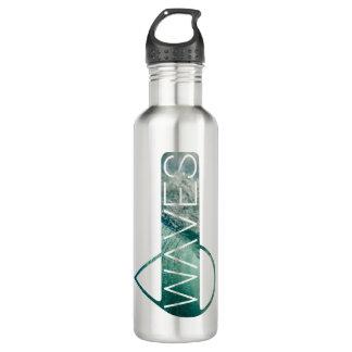 Acena a garrafa de água