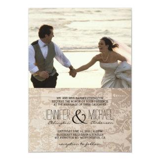 Acople o corredor no convite da praia/casamento