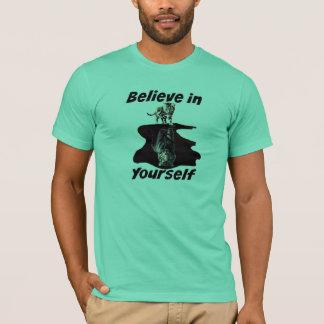 Acredite em o senhor mesmo - a camisa do tigre do