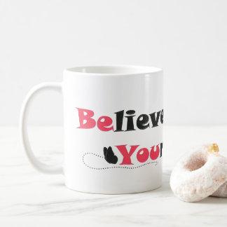 Acredite em o senhor mesmo a caneca de café das