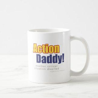 ActionDaddy!: Uma outra situação crítica desviada Caneca