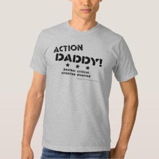 ActionDaddy!: Uma outra situação crítica desviada T-shirt