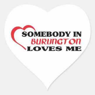 Adesivo Coração Alguém em Burlington ama-me