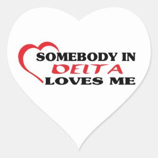 Adesivo Coração Alguém no delta ama-me