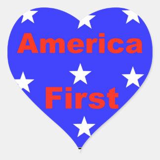 """Adesivo Coração """"América vermelha, branca, e azul primeiramente"""""""