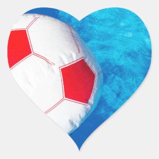Adesivo Coração Bola de praia da terra arrendada de braços acima