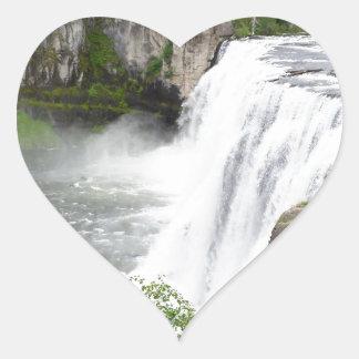 Adesivo Coração Cachoeiras