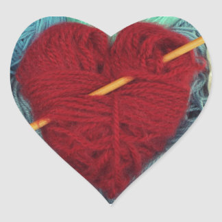 Adesivo Coração coração bonito de lãs com a fotografia da agulha