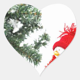 Adesivo Coração Estatueta do pinguim com esquis e árvore de Natal