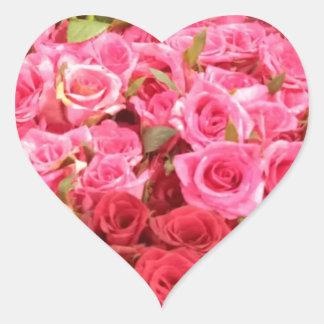 Adesivo Coração Flores nas Filipinas, no rosa e nas rosas