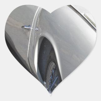 Adesivo Coração Lado esquerdo de um carro clássico britânico velho