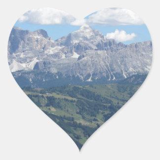 Adesivo Coração Mountain View das dolomites italianas no verão