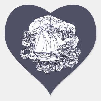 Adesivo Coração Navio colado na tempestade