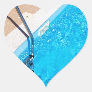 Adesivo Coração Piscina azul com escada