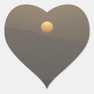 Adesivo Coração Por do sol sobre montanhas da ilha de Paros