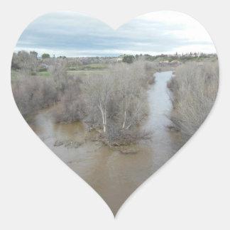 Adesivo Coração Rio dos Salinas como visto da ponte de Templeton