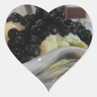 Adesivo Coração Sorvete da baunilha com uvas-do-monte silvestres