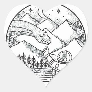 Adesivo Coração Tatuagem do círculo da montanha do astronauta do