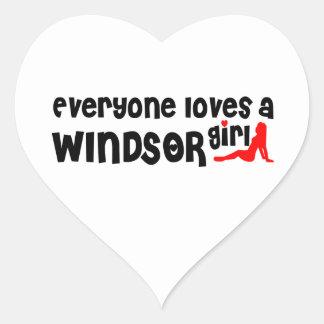 Adesivo Coração Todos ama uma menina de Windsor