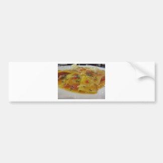 Adesivo De Para-choque Massa caseiro com molho de tomate, cebola,