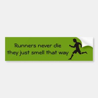 Adesivo De Para-choque Os corredores nunca morrem eles apenas cheiram