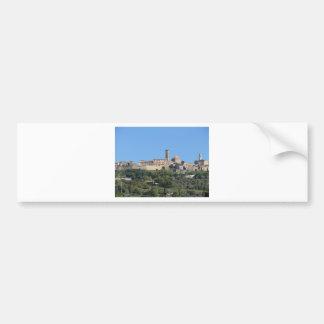 Adesivo De Para-choque Panorama da vila de Volterra. Toscânia, Italia