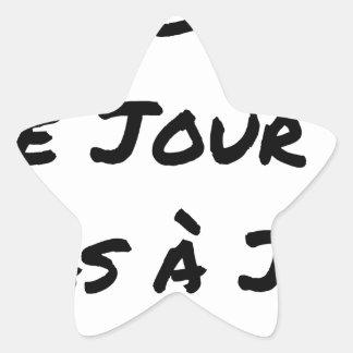 Adesivo Estrela AGIDOS O DIA J, NÃO À J+1 - Jogos de palavras