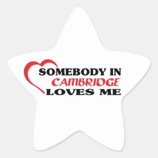 Adesivo Estrela Alguém em Cambridge ama-me