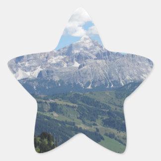 Adesivo Estrela Mountain View das dolomites italianas no verão