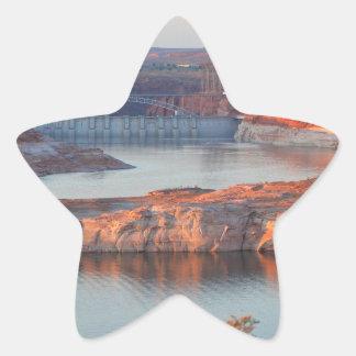 Adesivo Estrela Represa e ponte no nascer do sol