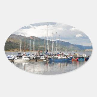 Adesivo Oval Barcos em Kyleakin, ilha de Skye, Scotland