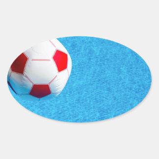 Adesivo Oval bola de praia Vermelho-branca que flutua na