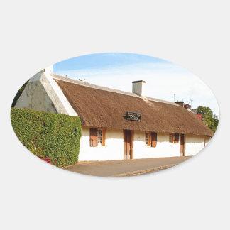 Adesivo Oval Casa de campo de Robert Burns, Alloway, Scotland