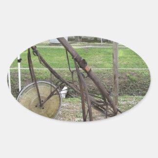 Adesivo Oval Competindo sulky usado na competência de chicote