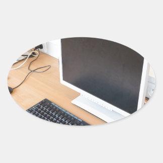 Adesivo Oval Computador de secretária na classe do computador