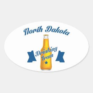 Adesivo Oval Equipe do bebendo de North Dakota